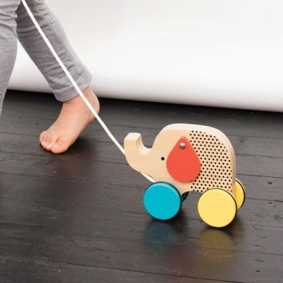 modern-wooden-pull-toy-elephant-kid_625x