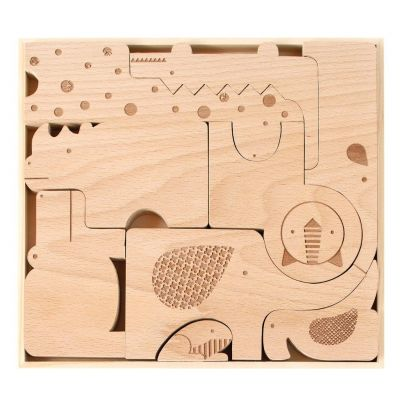 wood-puzzle-and-play-safari-animals-pieces-in-tray_1024x1024