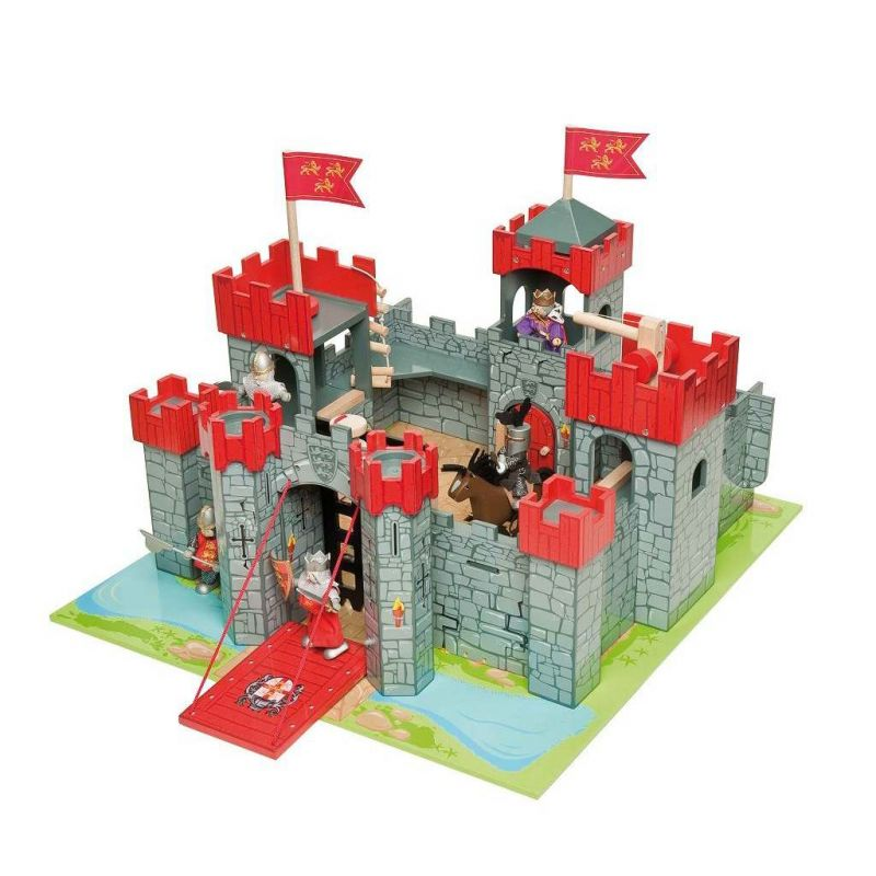 Dřevěný hrad pro děti