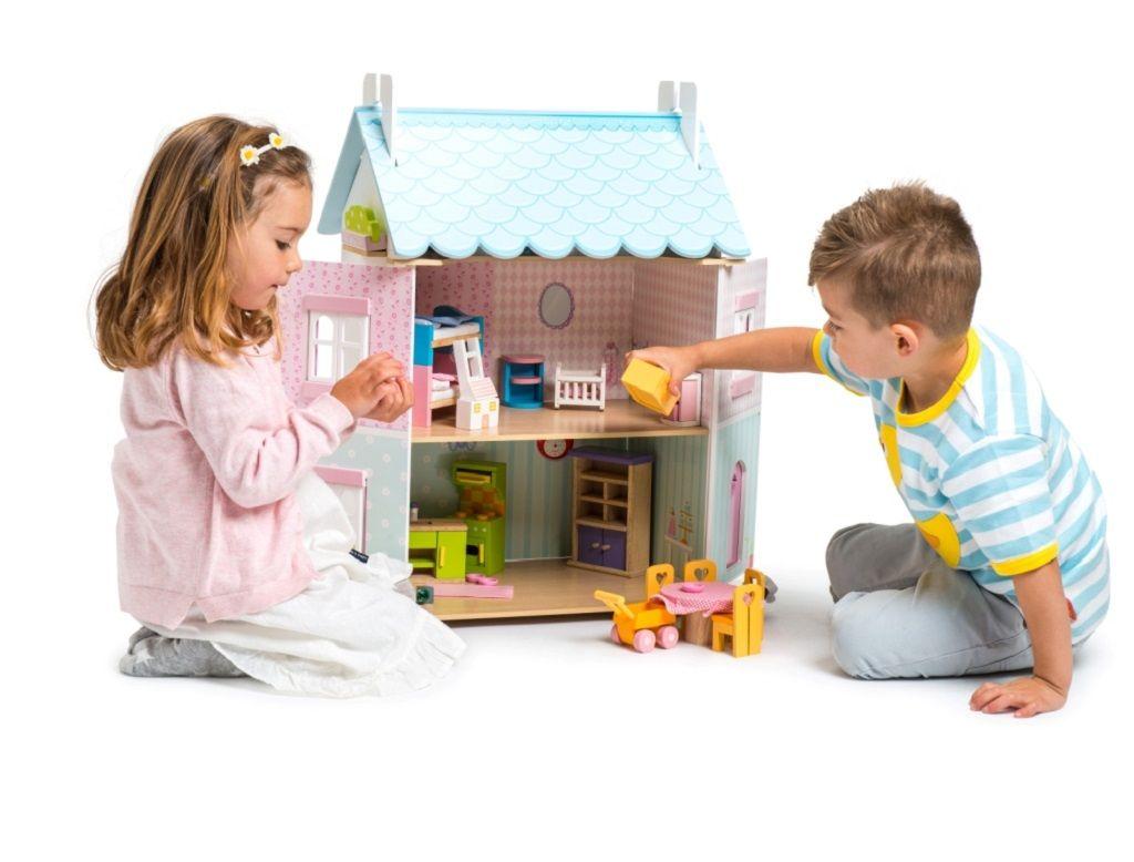 H138-Blue-Bird-Cottage-Lifestyle-Girl-Boy-Open-with-Furniture-1.jpg
