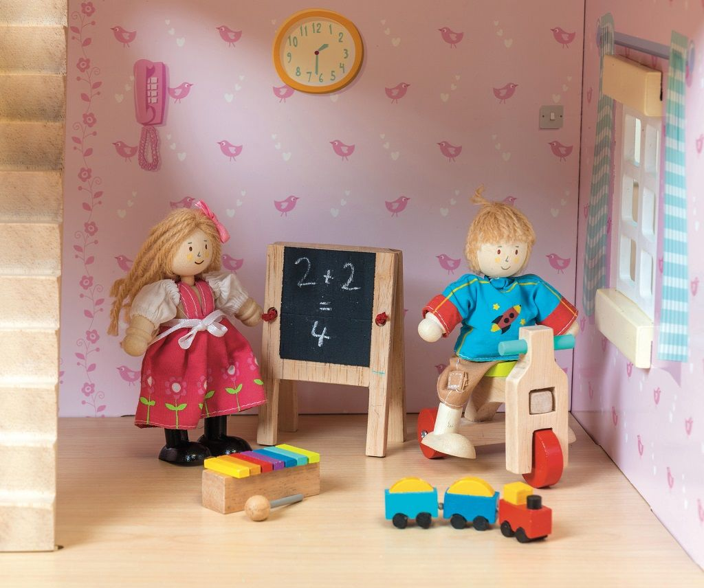 ME082-Play-Time-Dolls-House-Accessory-Pack-2.jpg