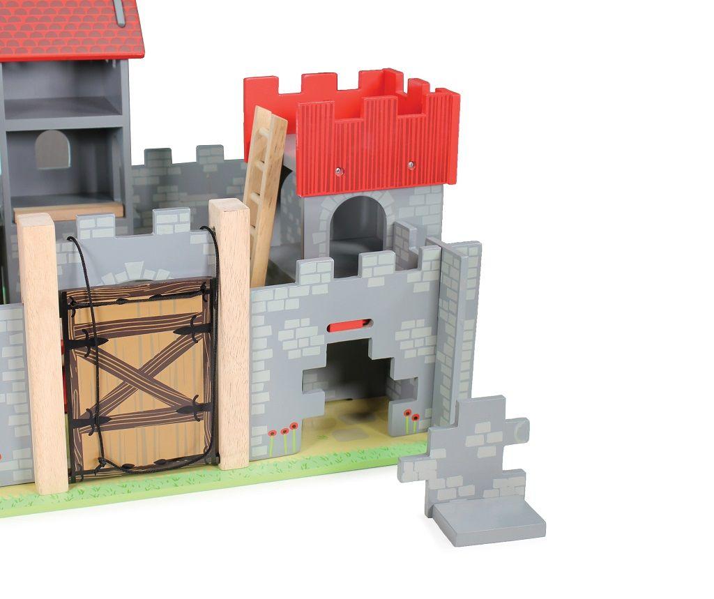 TV236-Camelot-Castle-Secret-Wall.jpg