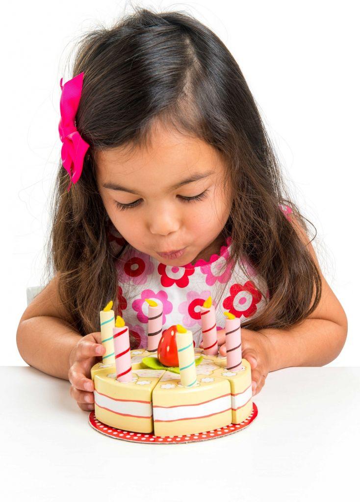 TV273-Vanilla-Birthday-Cake-Red-Strawberry-Lifestyle-2.jpg