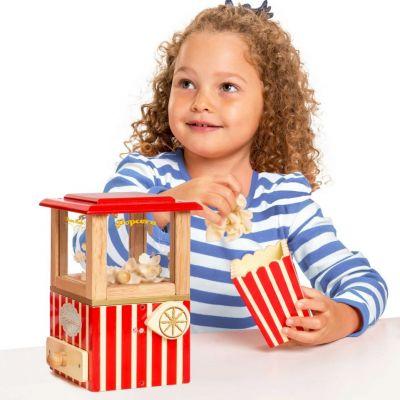 TV318-Popcorn-Machine-Lifestyle-(2)