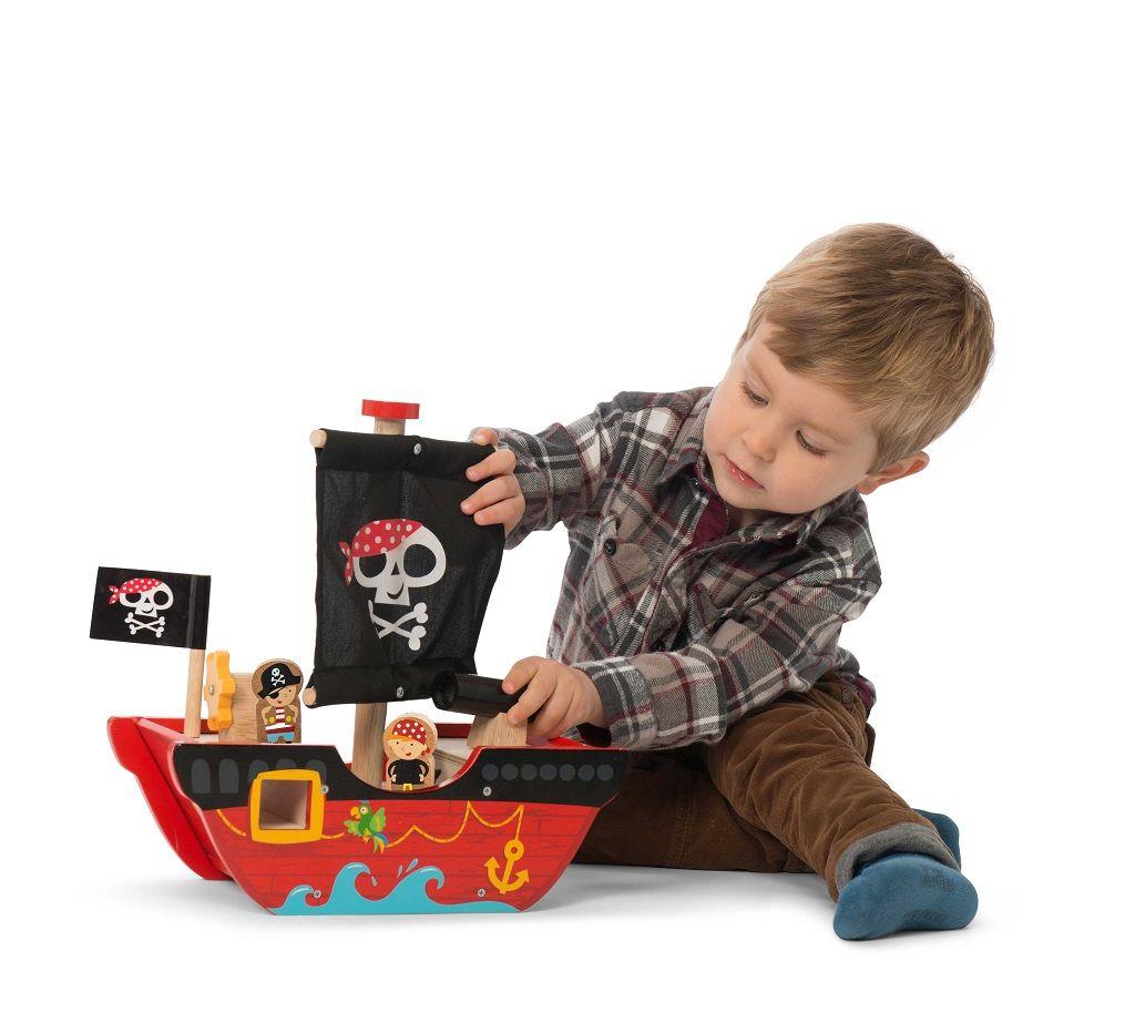 TV344-Little-Captn-Boat-Lifestyle.jpg