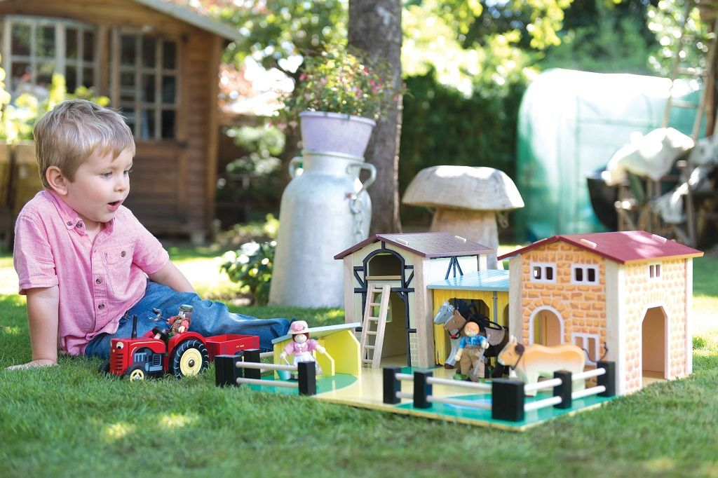 TV410-The-Farmyard-Lifestyle.jpg