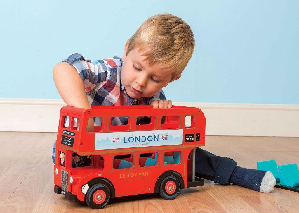 TV469-London-Bus-Lifestyle-1.jpg