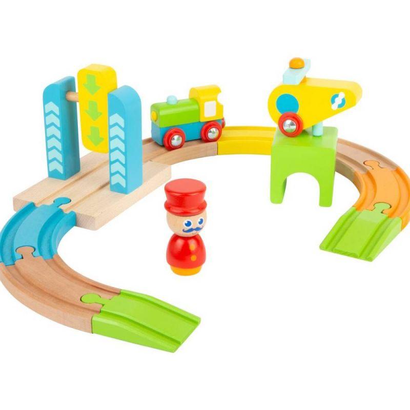 11493_Eisenbahnset_mit_Hubschrauber_b